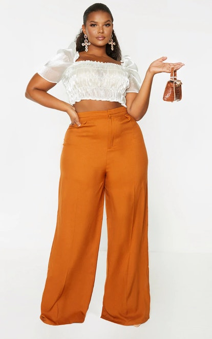 PrettyLittleThing Plus Rust Woven Pleat Detail Waistband Wide Leg Pants