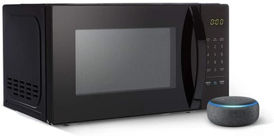 AmazonBasics Microwave Bundle With Echo Dot