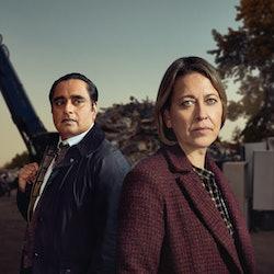 NICOLA WALKER as DC I CASSIE STUART and SANJEEV BHASKAR as DI Sunny Khan in ITV's Unforgotten