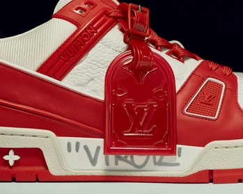 (RED) x LV Trainer
