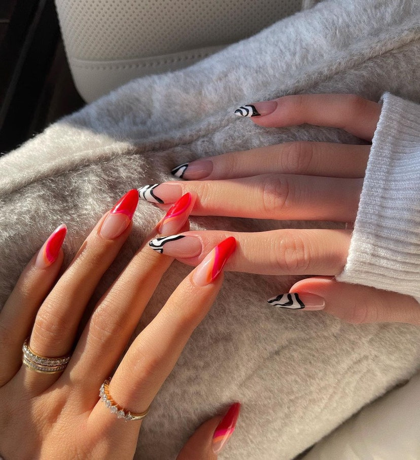 '90s nail art ideas from celebrities.