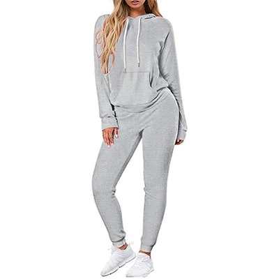 Selowin Pullover Hoodie And Jogger Set