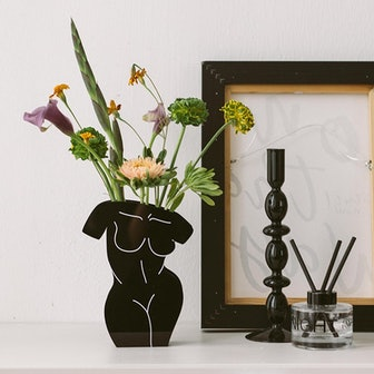 Acrylic Black Front/ Back Body Vase