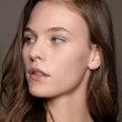 exercice facial de soin de la peau