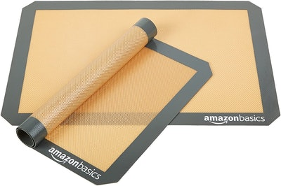 Amazon Basics Non-Stick Baking Mats (2 Pack)