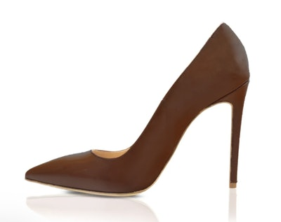 Becky Pump in Douala