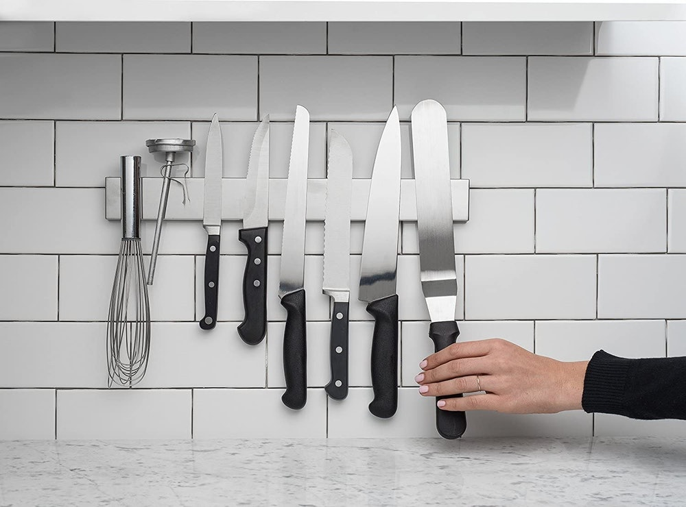 Modern Innovations Magnetic Knife Organizer