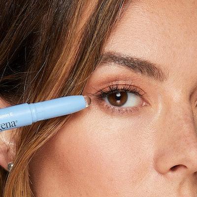 Neutrogena Makeup Remover Eraser Stick with Vitamin E