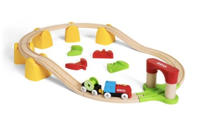 BRIO World Wooden Railway Train Set