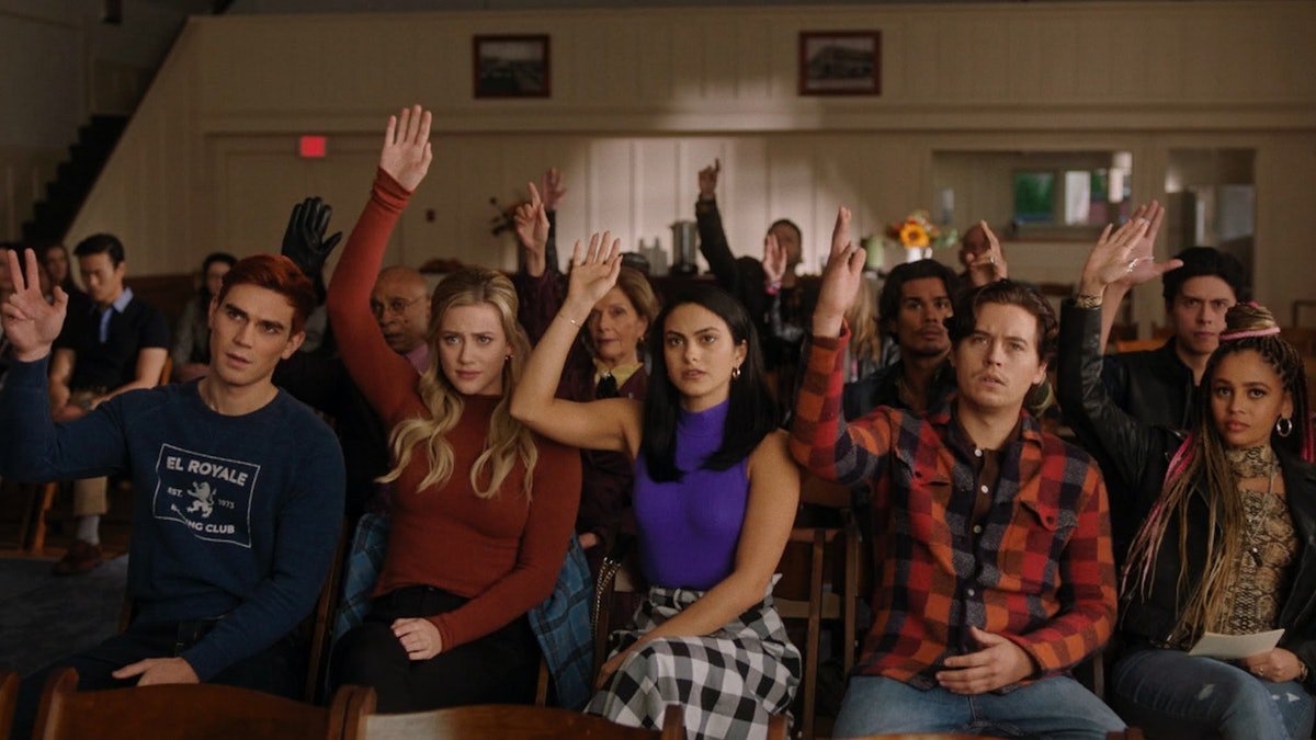 The cast of Riverdale Season 5.