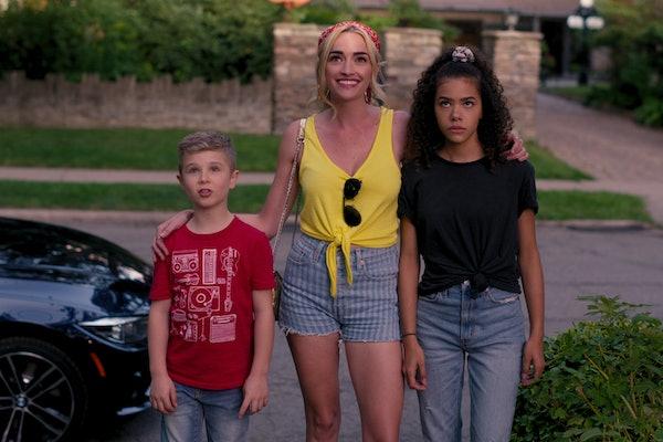DIESEL LA TORRACA as AUSTIN, RIANNE HOWEY as GEORGIA, and ANTONIA GENTRY as GINNY in Netflix's 'Ginny & Georgia'