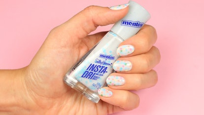 This dotted manicure using the Sally Hansen x Mentos collab is perfect for spring.