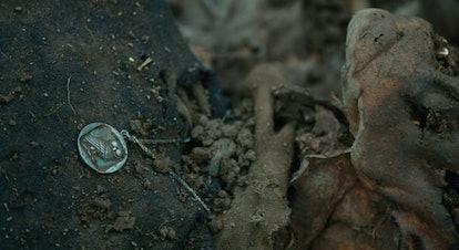 'Bloodlands': The owel necklace