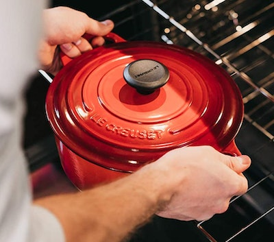 Le Creuset Signature Enameled Cast-Iron Round Dutch Oven (5.5 Quarts)