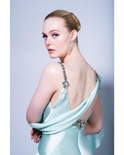 Golden Globes 2021 Beauty looks elle fanning