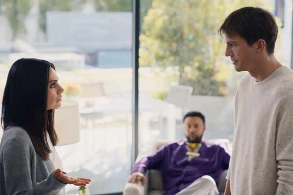 Ashton Kutcher sings with Shaggy in his new Cheetos Super Bowl commercial with Mila Kunis.