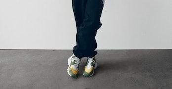 Stüssy Nike Air Huarache LE 2021