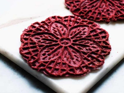 pizzelle de velours rouge