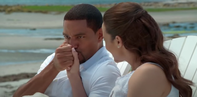 When a couple goes home to meet the parents, things get a little uncomfortable in Jumping the Broom.