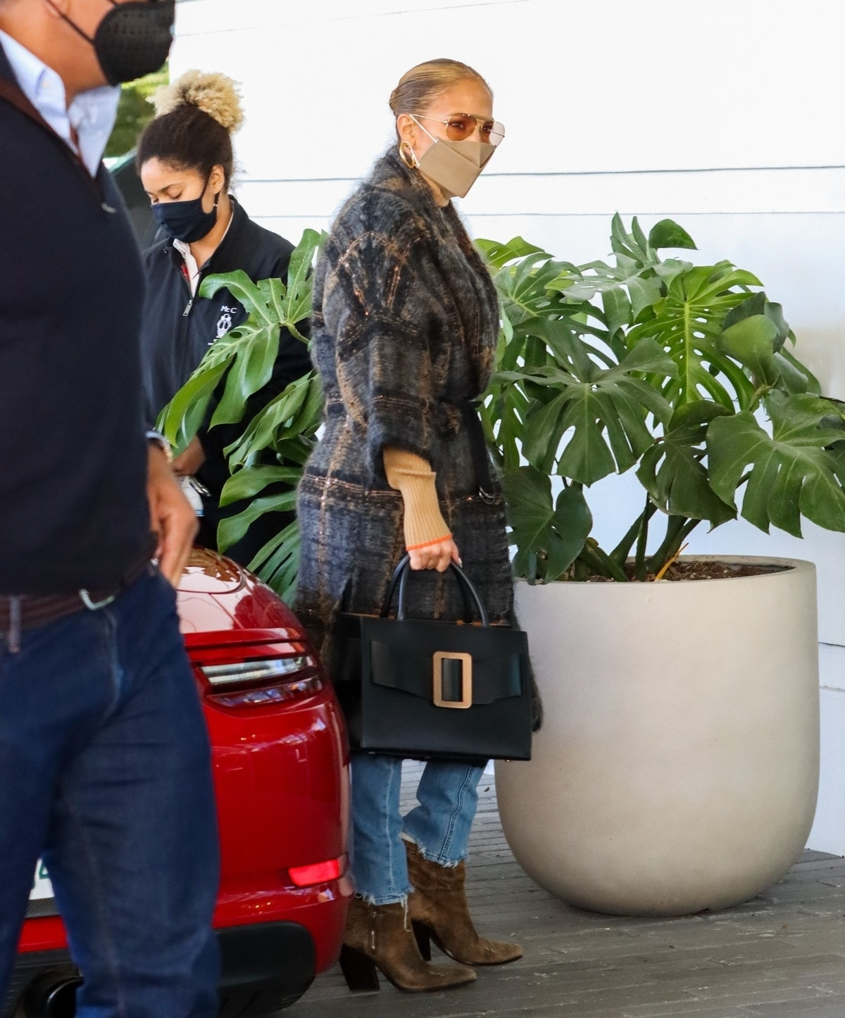 Jennifer Lopez and Alex Rodriguez Have Lunch Together In Coral Gables on Feb. 3, 2021.