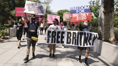 """#FreeBritney protestors in a photo from """"Framing Britney Spears"""" via the FX press site"""