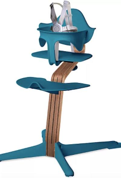 Nomi High Chair with Walnut Stem