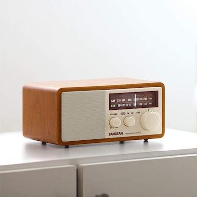 Sangean WR-11 FM / AM Analog Wooden Cabinet Receiver
