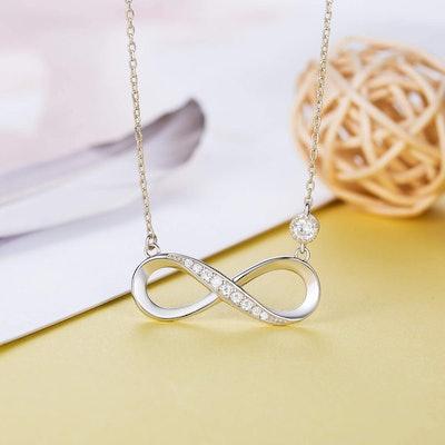 Billie Bijoux 925 Sterling Silver Infinity Necklace