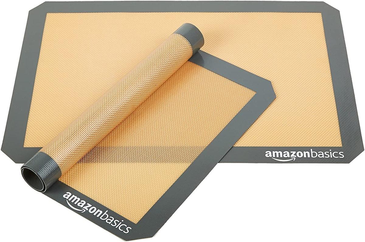 Amazon Basics Non-Stick Silicone Baking Mat (Pack of 2)