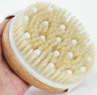 Beauty by Earth Dry Brush