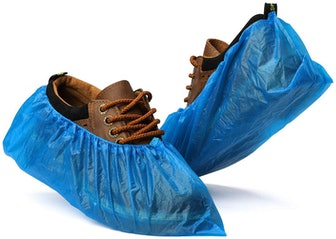 Fuxury Disposable Shoe Covers (50-Pack)