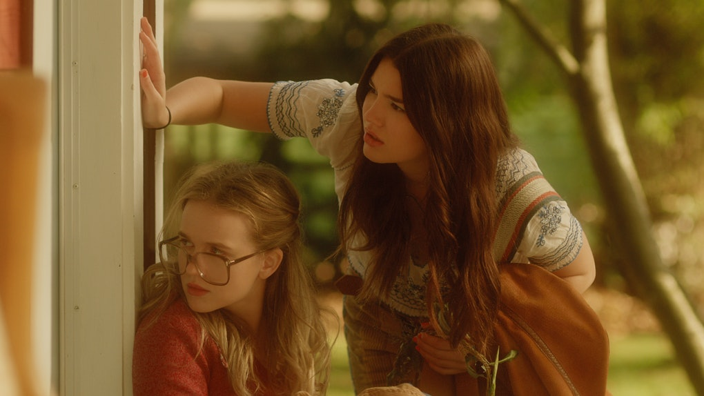 ROAN CURTIS as YOUNG KATE and ALI SKOVBY as YOUNG TULLY in FIREFLY LANE.