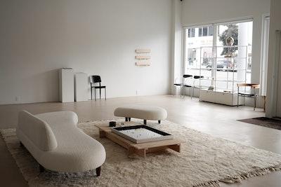 Tase Gallery opens in Los Angeles.