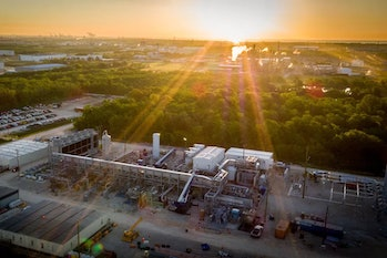 The Net Power natural gas plant in La Porte, Texas. The plant captures its own carbon dioxide. Such technology will need to be invested in heavily, researchers say.