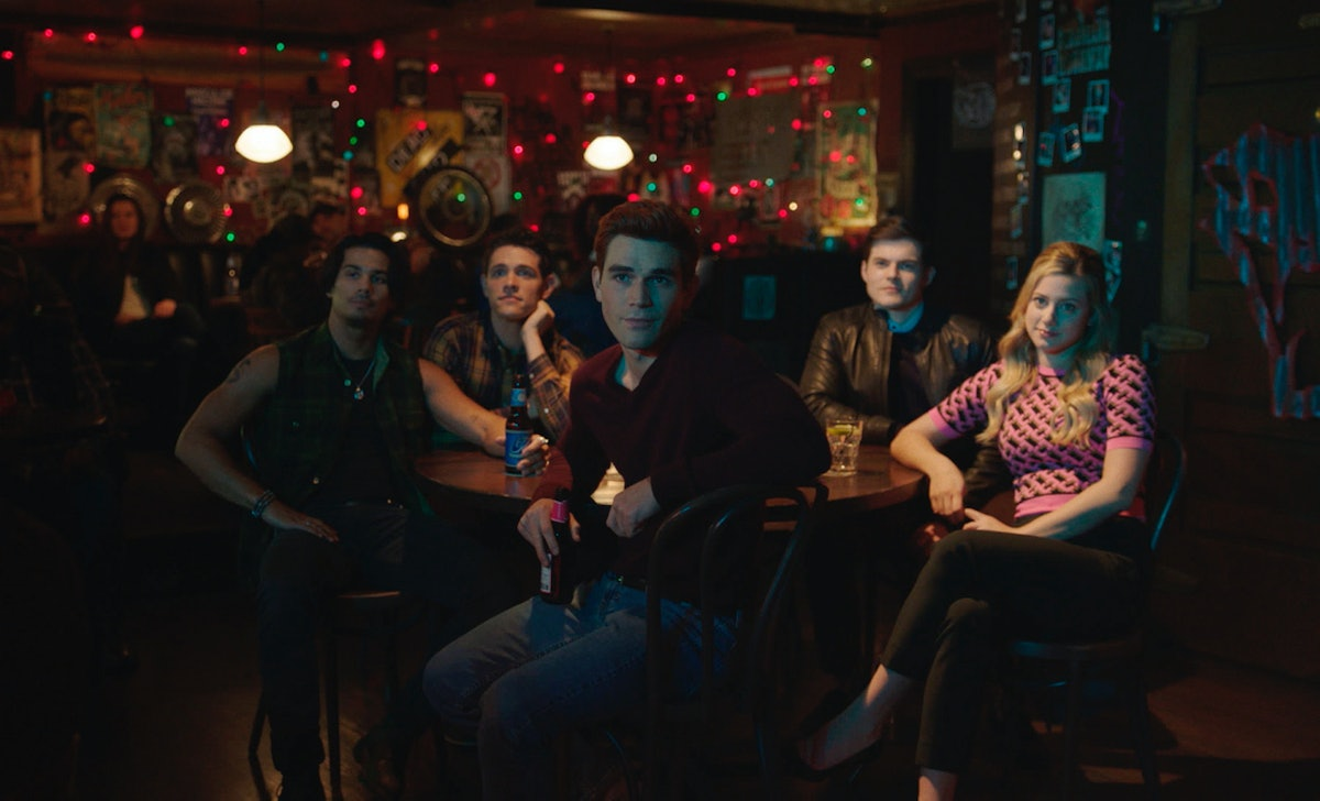 'Riverdale's Season 5 Episode 8 synopsis seems to tease Kevin and Fangs getting married.