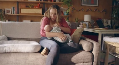 Golden Globes breastfeeding ad showed a realistic case for breast care for nursing moms.