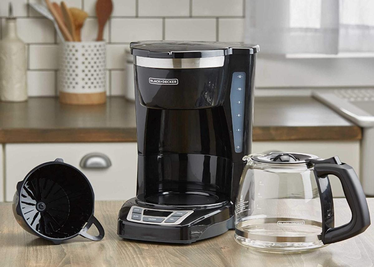 BLACK+DECKER Programmable Coffee Maker