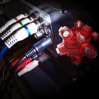 STKR Concepts Magnetic Light Mine Hands