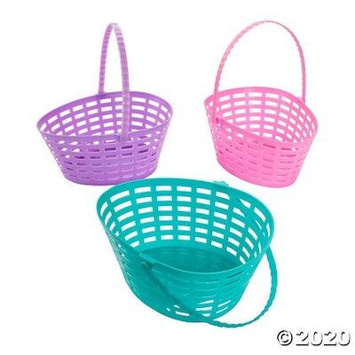 Egg-Shaped Easter Baskets
