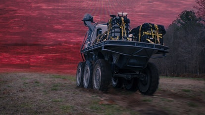 large S.W.O.R.D. vehicle headed to penetrate the Hex