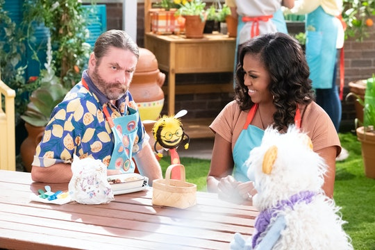 WAFFLES + MOCHI (L to R) ZACH GALIFIANAKIS as GUS, BUSY, MICHELLE OBAMA, and WAFFLES in episode 107 of WAFFLES + MOCHI Cr. ADAM ROSE/NETFLIX © 2020