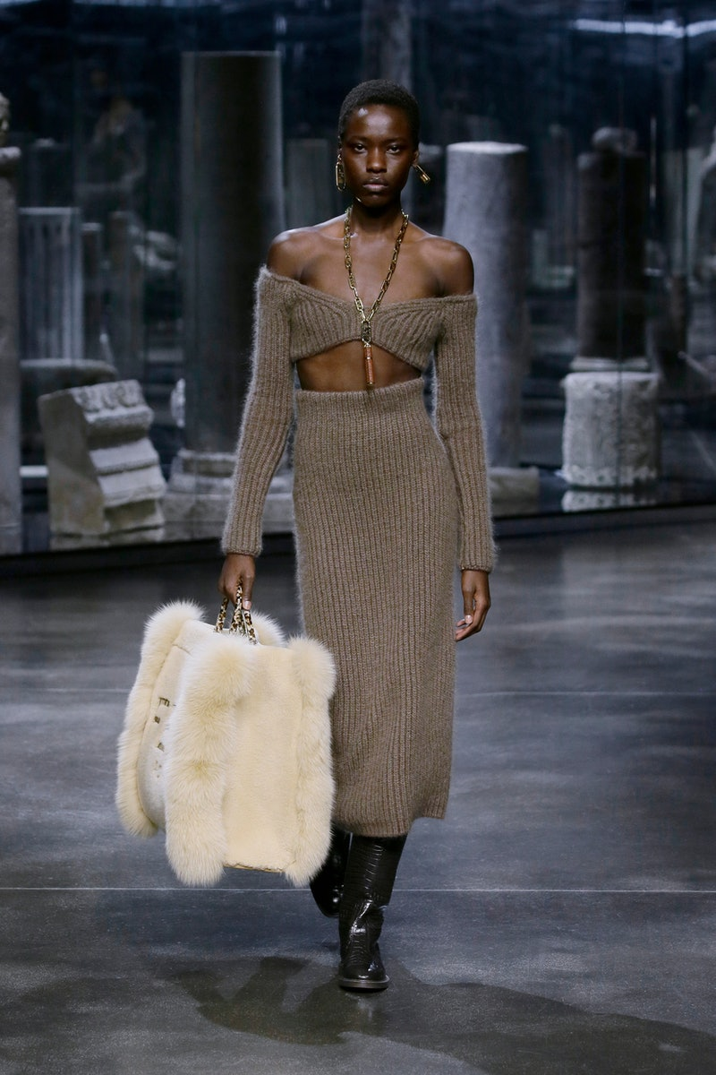 7 2000s-Inspired Fashion Week Trends, From Halters To Cut-Outs