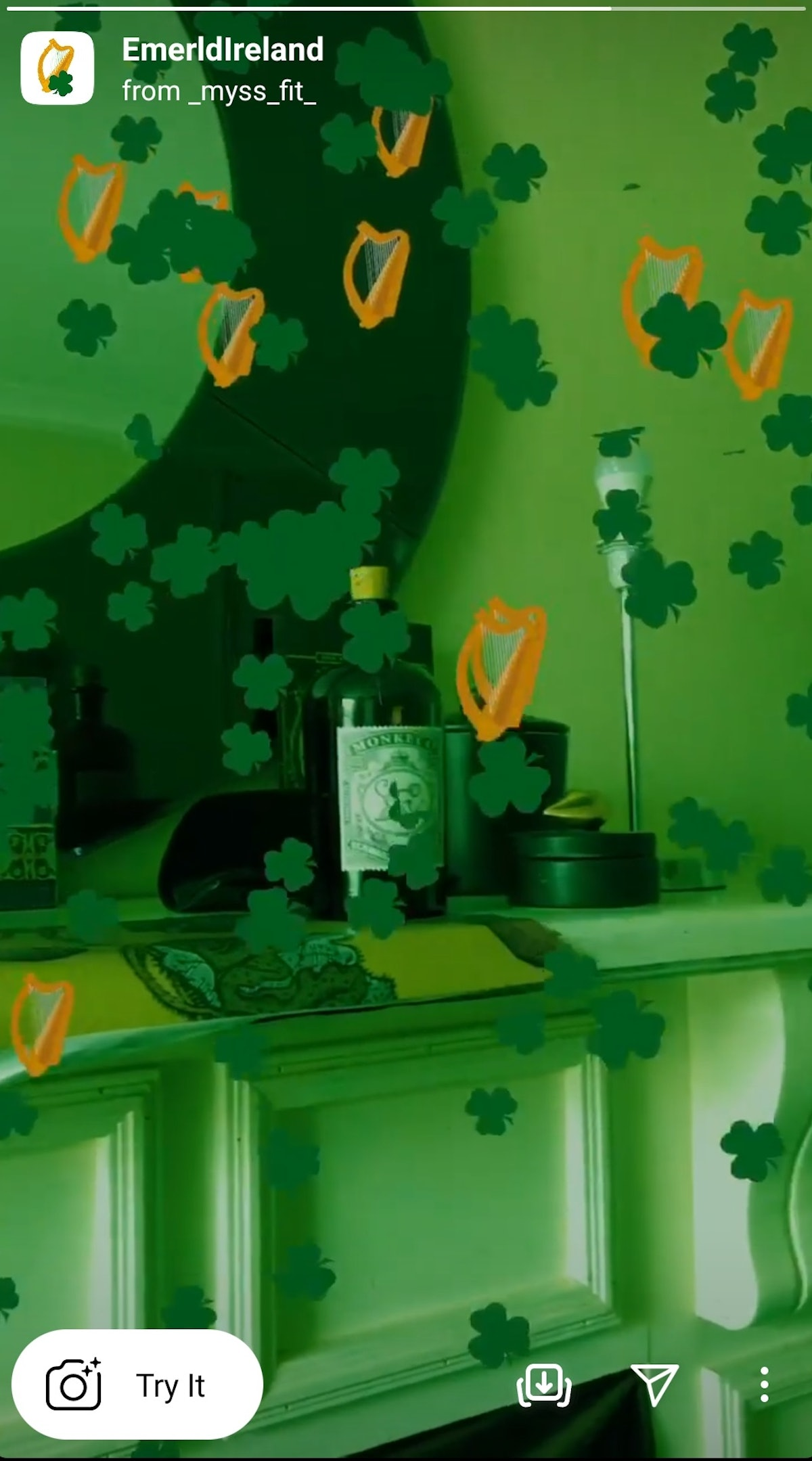 These Instagram filters for St. Patrick's Day 2021 include shamrocks and leprechaun hats.