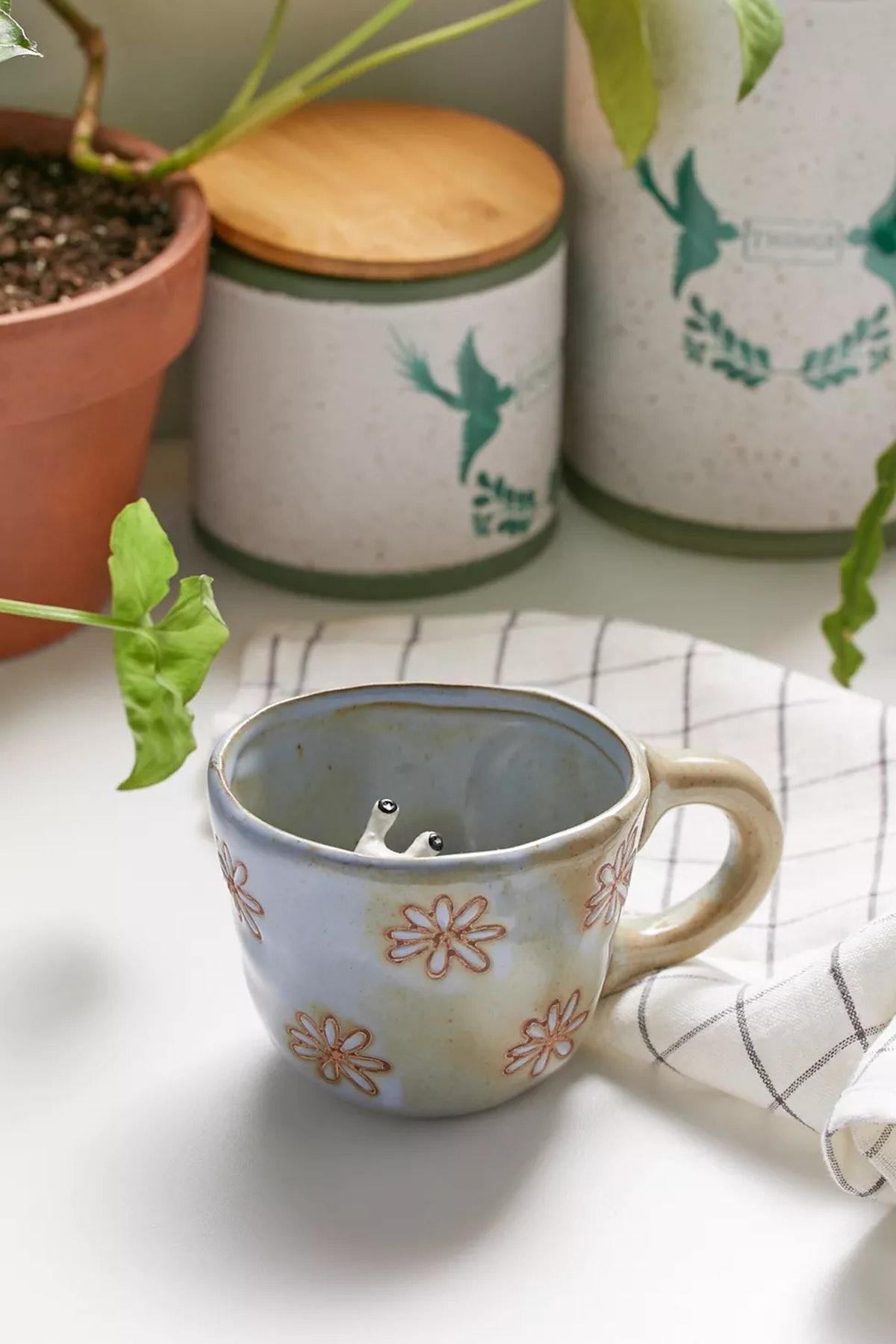 Peekaboo Ceramic 12 oz Mug