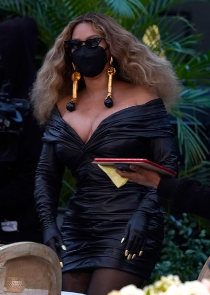 Beyonce 2021 Grammy Awards Look