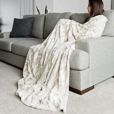 Oversized Throw Blanket