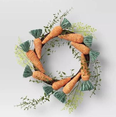 """19"""" Artificial Carrot Wreath"""