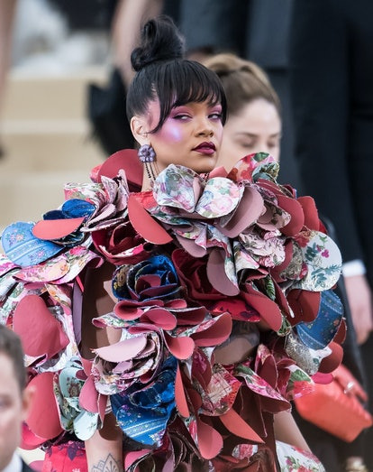 Rihanna's blush from the 2017 Met Gala is spring 2021 makeup trend.