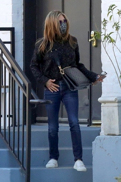 Actress Jennifer Aniston was spotted leaving a hair salon this Monday afternoon.