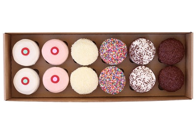 12 Cupcakes Box - Assorted